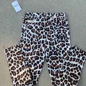NWT Mother High Waisted Looker Leopard Print Jeans